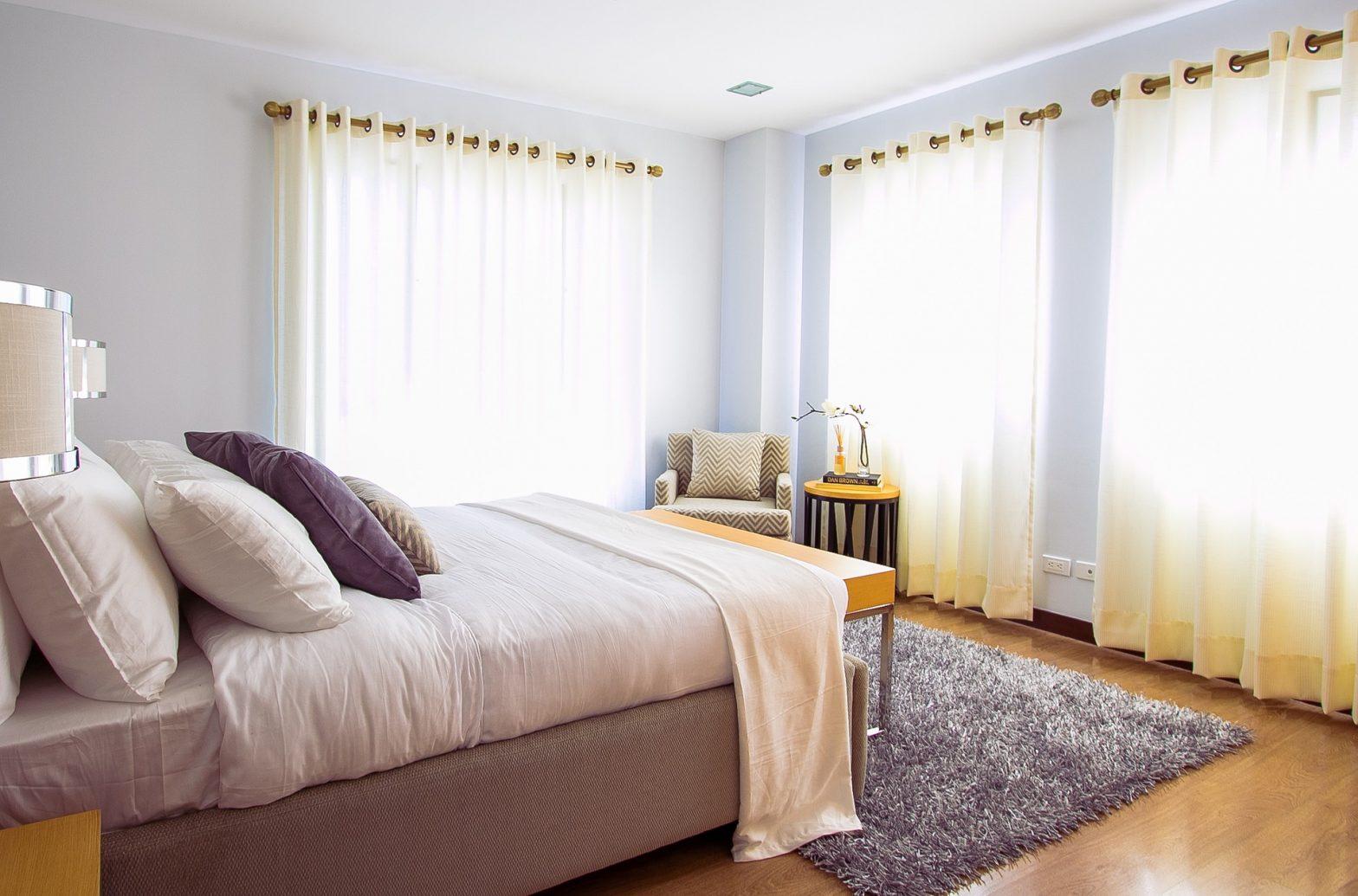 Sprawdzamy jakość łóżek bez zagłówków!